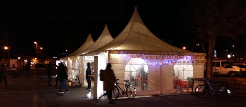 Tente des Soupes d'Ici et d'Ailleurs à la promenade Auguste Fallet